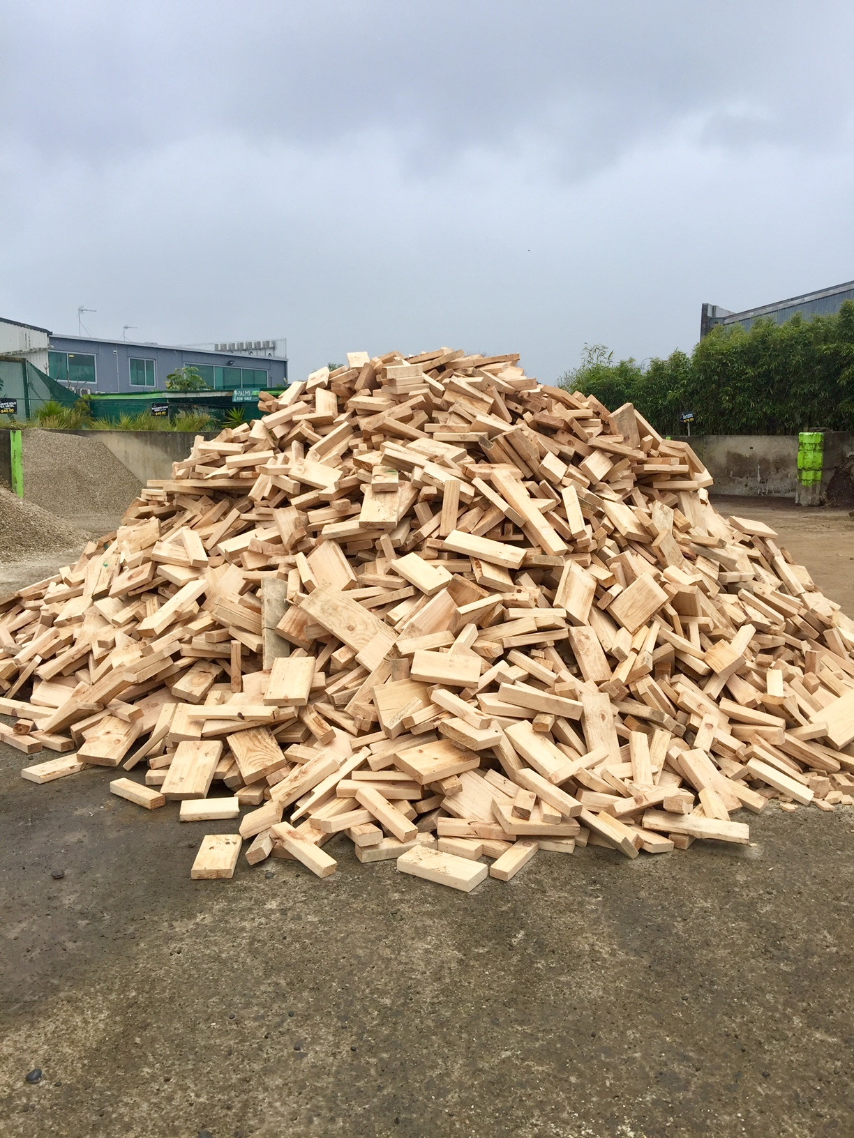 Landscape Supplies Hamilton Captain Compost